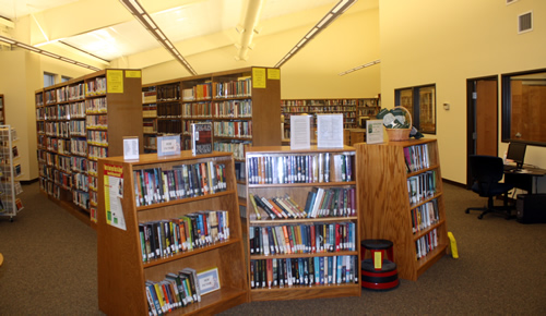 Scott County Library book shelves